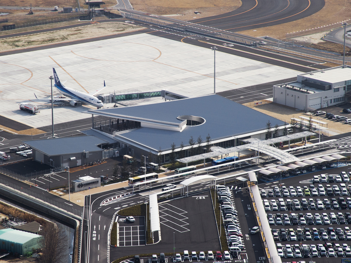 Iwakuni Kintaikyo Airport_1