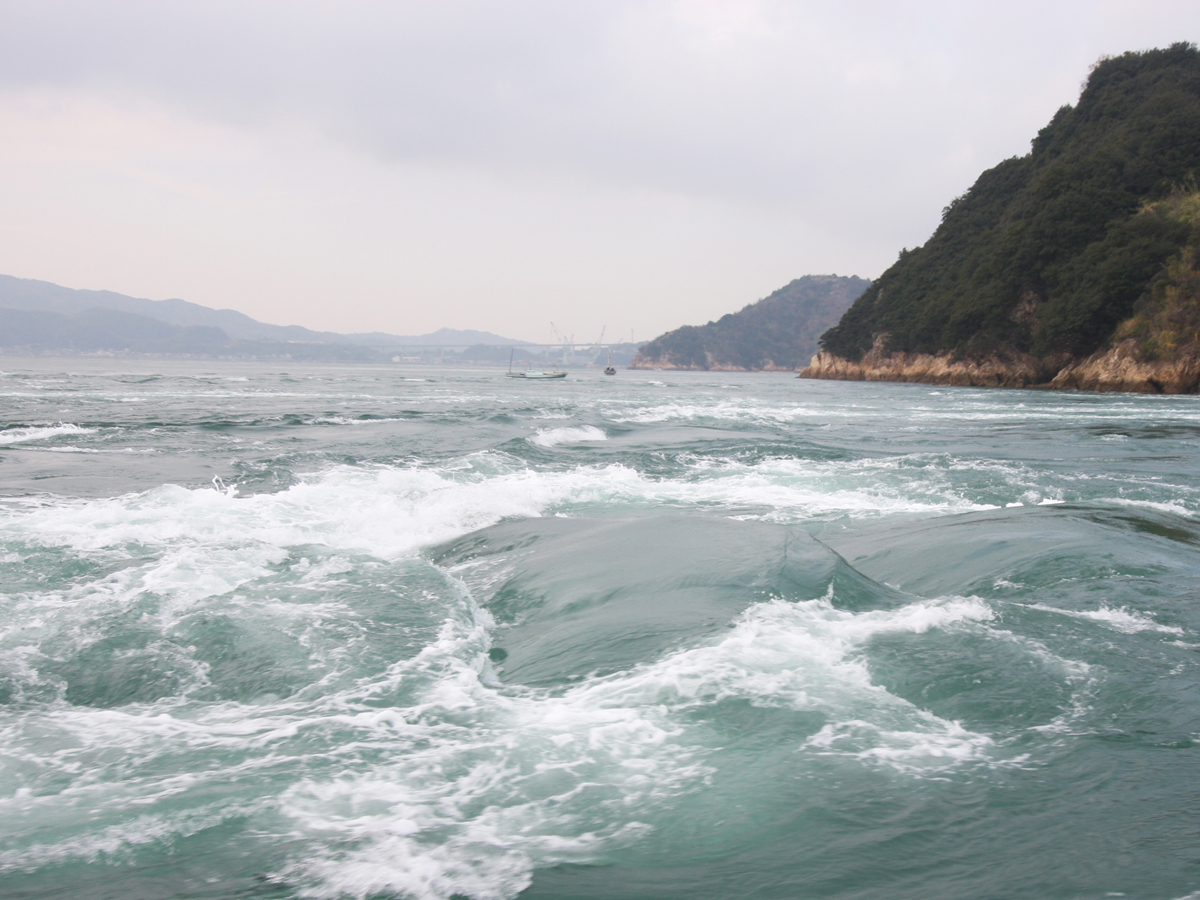 Kurushima Strait Tidal Current Tour Boats_1