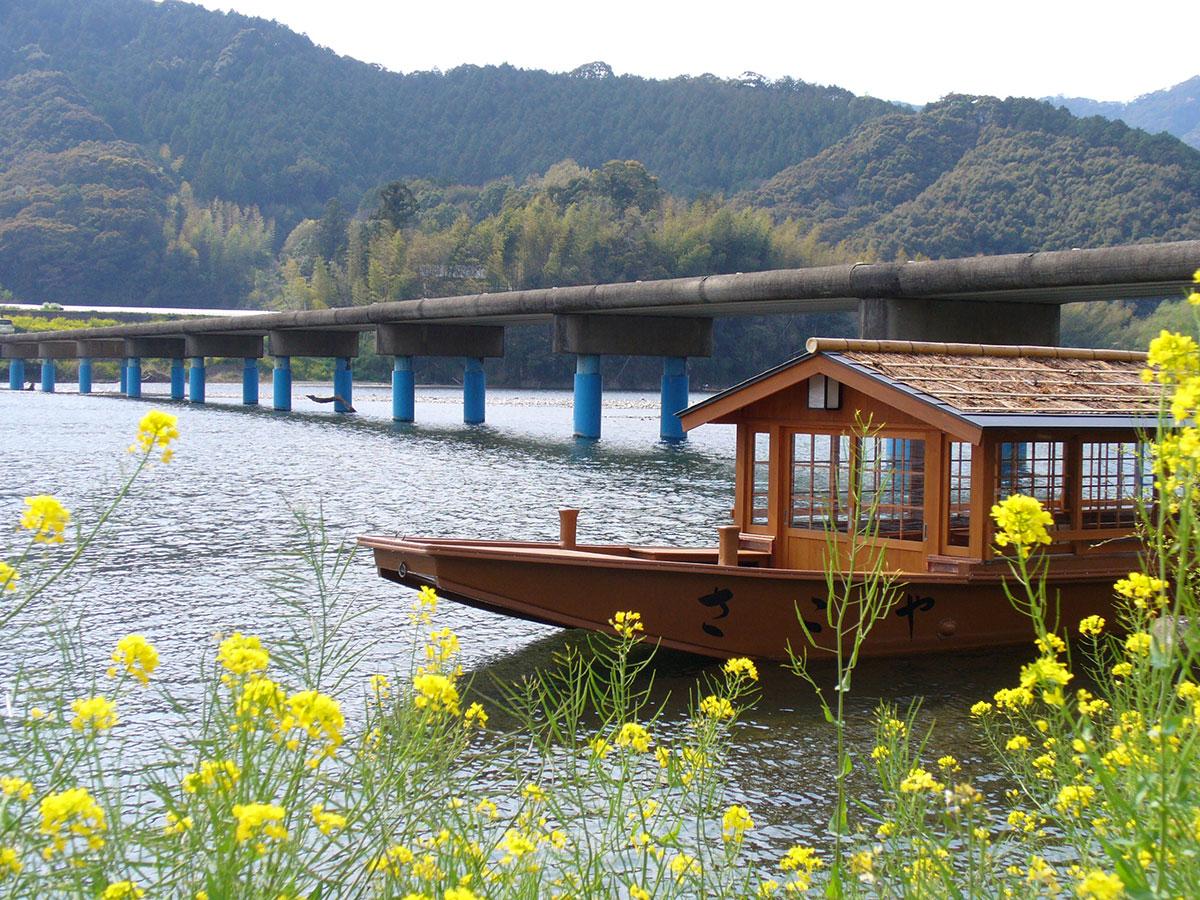 Shimanto River sightseeing boats_1