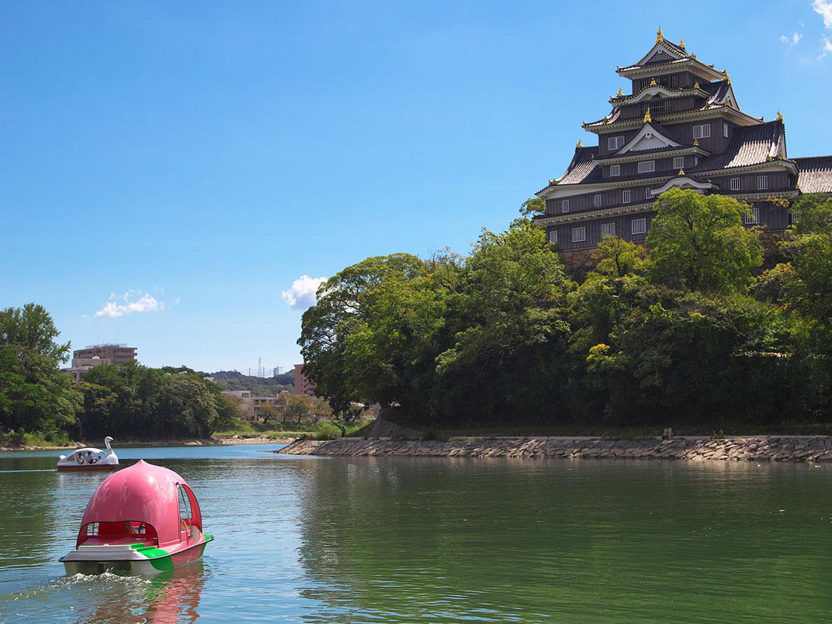 Okayama Korakuen-Park und Burg Okayama