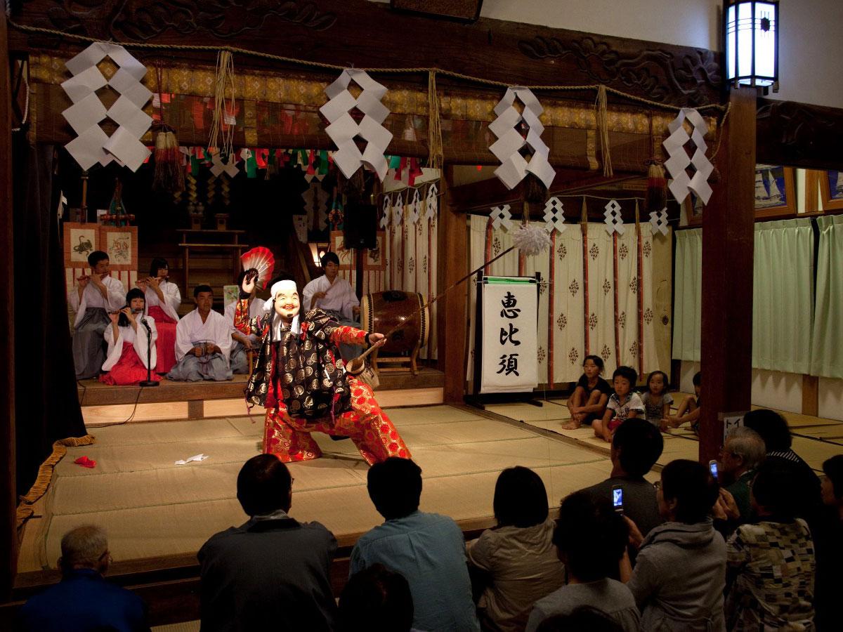 Iwami Kagura Traditional Dance_4