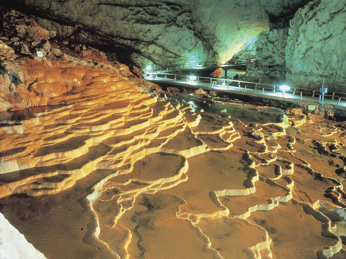 Akiyoshidai Plateau/Akiyoshido Cave_3
