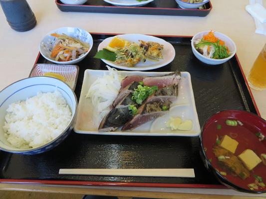 Katsuo tataki (seared bonito) experience_3