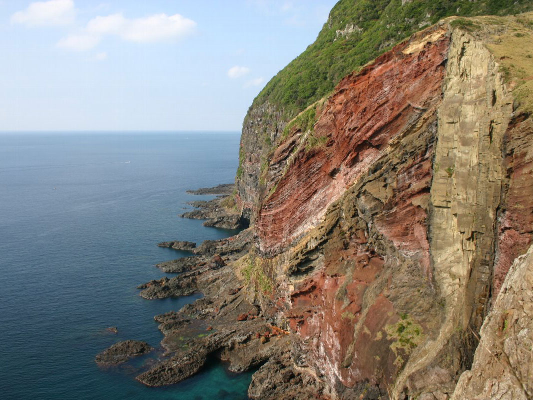 Oki Islands UNESCO Global Geopark (Sekiheki(Red Cliff))_2