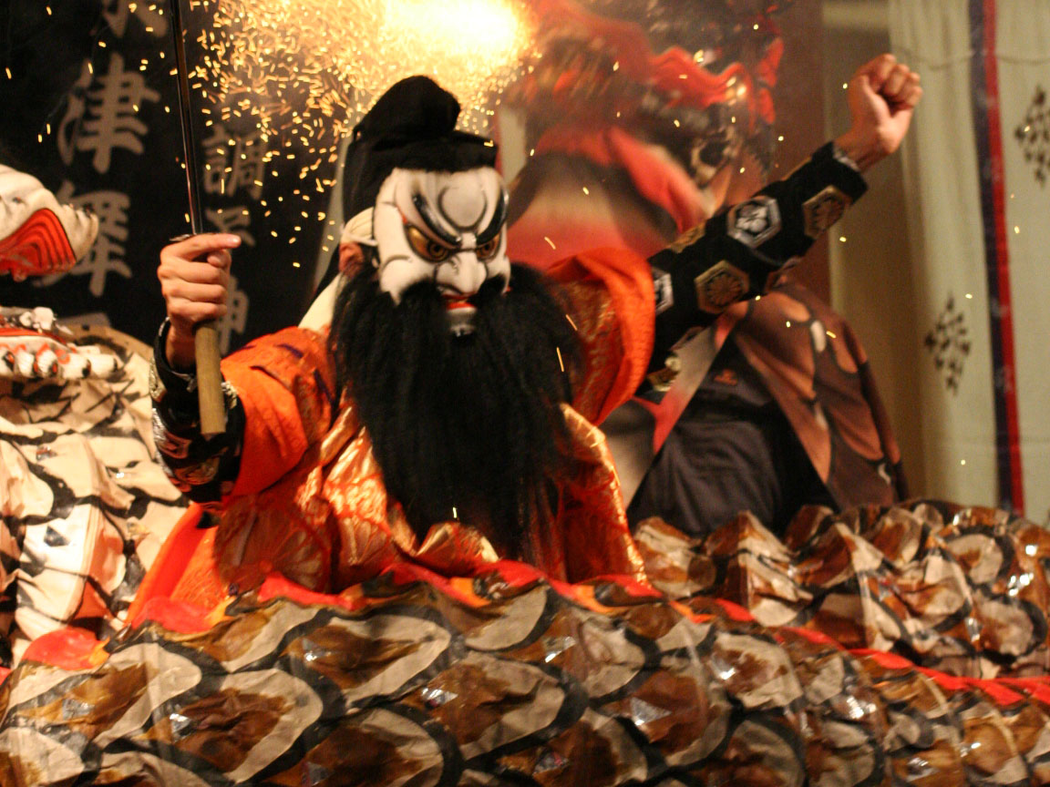 Iwami Kagura Traditional Dance_1